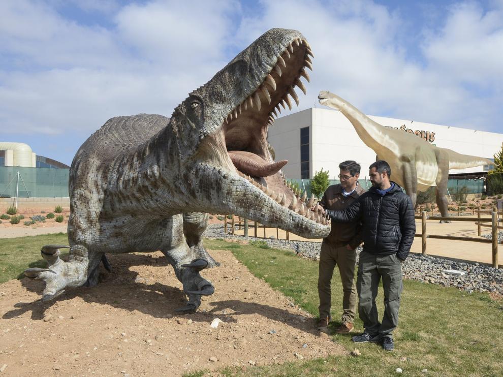 tierra magna en dinopolis