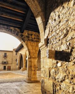 arcos plaza mayor cantavieja
