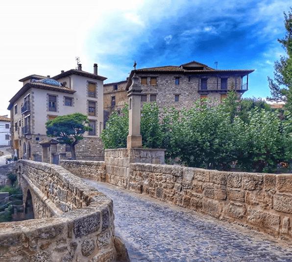 puente empedrado mora de rubielos
