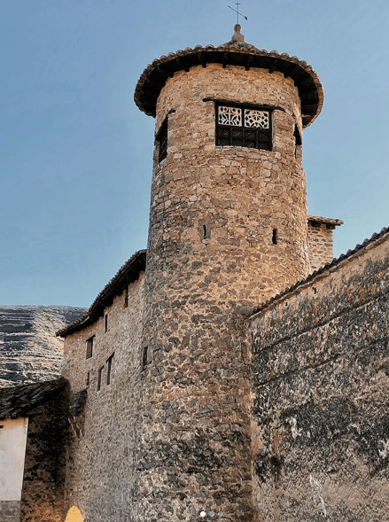 torre muralla mirambel