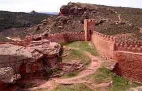 muralla castilllo de peracense