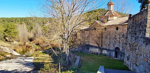 exterior Santuario virgen de la fuente